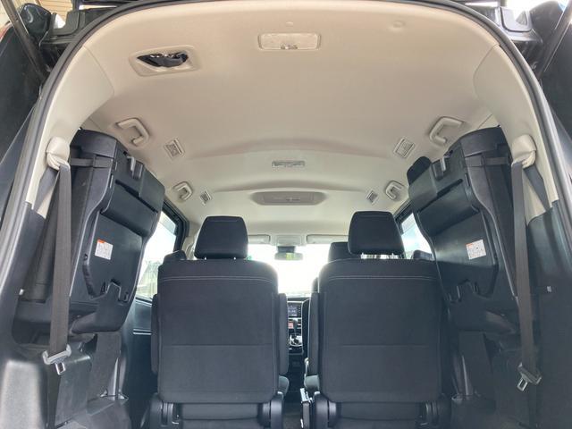 Xi プッシュスタート トヨタセーフティセンス 電動ドア オートライト LEDヘッドライト 純正SDナビ アイドリングストップ オートエアコン 純正15インチアルミ(11枚目)