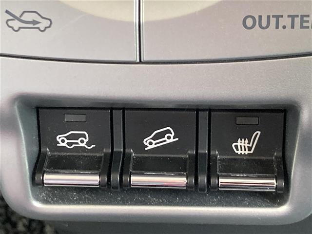 Xターボ 4WD/禁煙/ナビTV/レーダーブレーキサポート・誤発進抑制機能・オートライト・HIDヘッドライト・フロントフォグランプ・スマートキー&プッシュスタート・運転席シートヒーター・ダウンヒルアシストコント(10枚目)