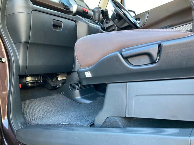 G ターボLインテリアカラーパッケージ ブラウンレザーシート インターナビ バックカメラ フルセグTV Bluetooth DVD ETC HIDライト クルーズコントロール 充電用USBソケット 電動パーキングブレーキ(56枚目)