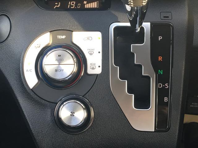 Gクエロ 登録済未使用車 サポートカーSワイド USB(12枚目)