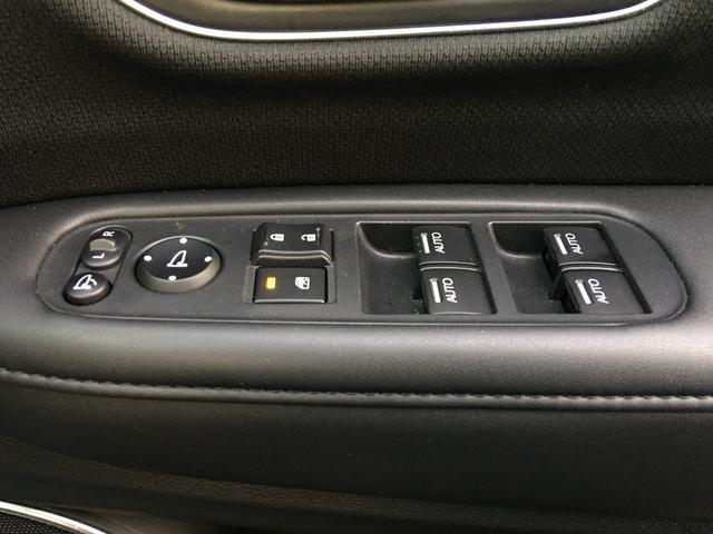 ハイブリッドZ・ホンダセンシング 純正SDナビ・バックカメラ・ルーフレール・シートヒーター・ドライブレコーダー・ETC・クルーズコントロール・衝突軽減・車線逸脱警報・パドルシフト・HDMI・純正フロアマット・フロントウィンドウ熱線(53枚目)