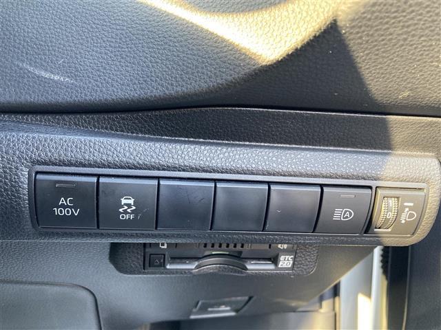 ハイブリッドG Z 純正メモリナビ/Bluetooth接続/フルセグTV/DVD再生可/バックカメラ/ETC2.0/クリアランスソナー/スマートキー/スペアキー/革巻きステアリング/社外4本出しマフラー【GANADOR】(19枚目)