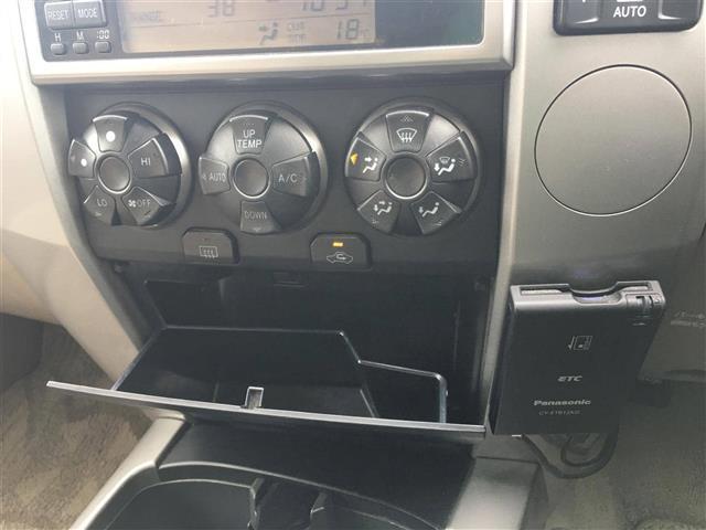 「トヨタ」「ハイラックスサーフ」「SUV・クロカン」「三重県」の中古車15