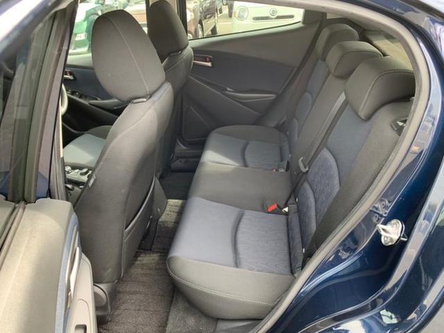 13S アイドリングストップ ワンオーナー定期点検記録簿禁煙車取扱説明書・保証書ユーザー買取車エアバッグ運転席エアバッグ助手席エアバッグサイドエアバッグカーテンEBD付ABS衝突安全装置(7枚目)