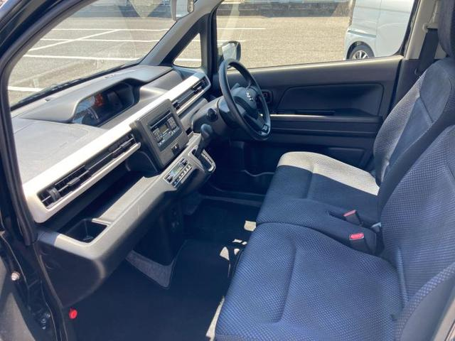 FX EBD付ABS/横滑り防止装置/アイドリングストップ/エアバッグ 運転席/エアバッグ 助手席/パワーウインドウ/キーレスエントリー/オートエアコン/シートヒーター 前席/パワーステアリング 禁煙車(5枚目)