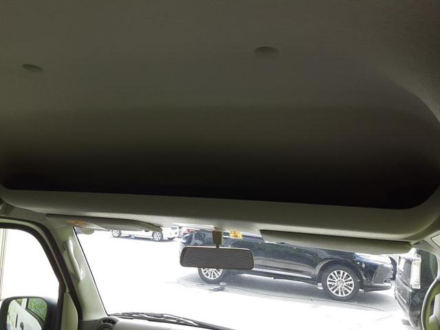 DX シート 撥水加工/ABS/エアバッグ 運転席/エアバッグ 助手席/衝突安全ボディ/スマートキー/パワーステアリング/盗難防止システム/禁煙車/FR/マニュアルエアコン/取扱説明書・保証書 盗難防止装置(18枚目)