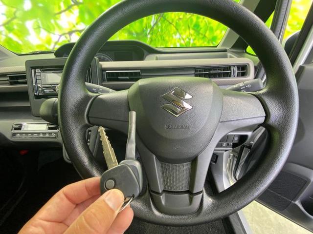 FX キーレスキー/シートヒーター/CDプレーヤー/EBD付ABS/横滑り防止装置/アイドリングストップ/エアバッグ 運転席/エアバッグ 助手席/パワーウインドウ/キーレスエントリー/オートエアコン 禁煙車(11枚目)