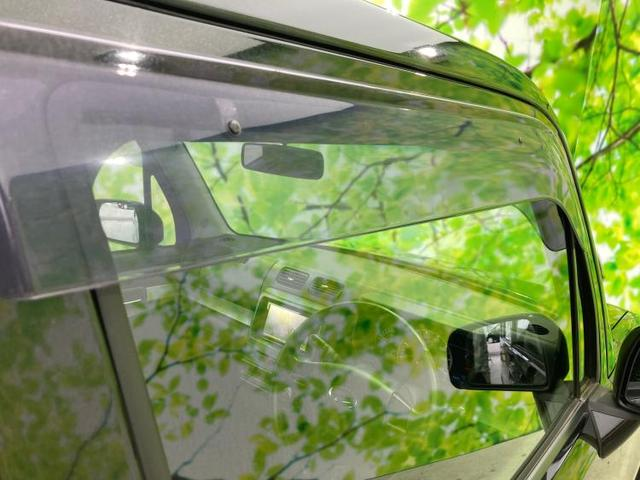 カスタムG 社外 7インチ HDDナビ/ヘッドランプ HID/EBD付ABS/アイドリングストップ/TV/エアバッグ 運転席/エアバッグ 助手席/アルミホイール/パワーウインドウ/キーレスエントリー 禁煙車(16枚目)