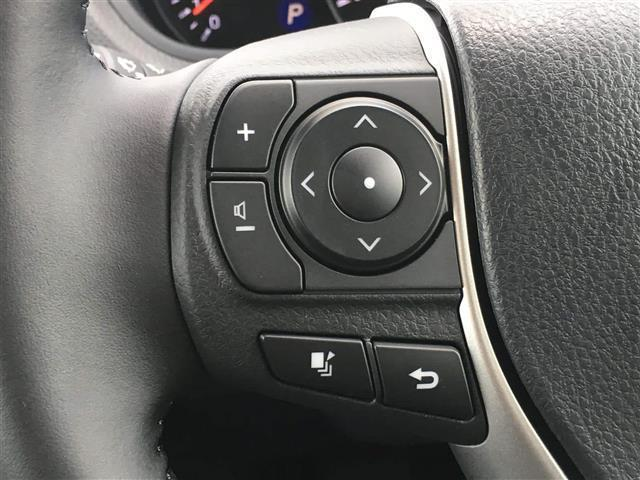 【ステアリングスイッチ 】手元のスイッチで音楽などの音量調整やチャンネル・モードの変更が可能。より快適なドライブをお楽しみいただけます!