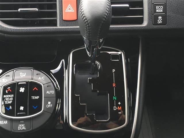 【MTモード付きAT(オートギアシフト)】エンジンを機械任せではなく自分自身で積極的にコントロールしたい!という、運転好きの方のための装備です♪