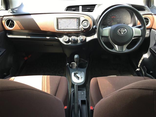 「トヨタ」「ヴィッツ」「コンパクトカー」「鹿児島県」の中古車3