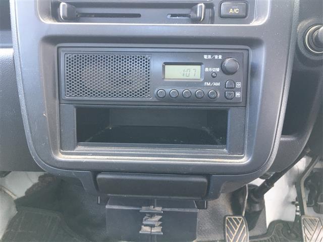 ベースグレード 5速マニュアルエアコン純正オーディオヘッドライトレベライザー純正ゴムマットドアバイザー取扱説明書(18枚目)