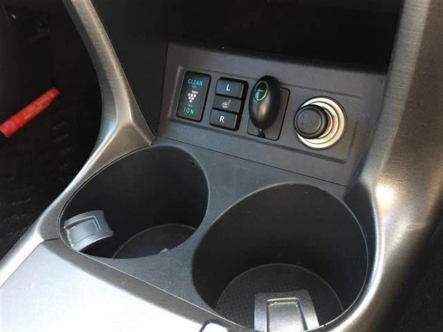 「トヨタ」「ヴァンガード」「SUV・クロカン」「香川県」の中古車13