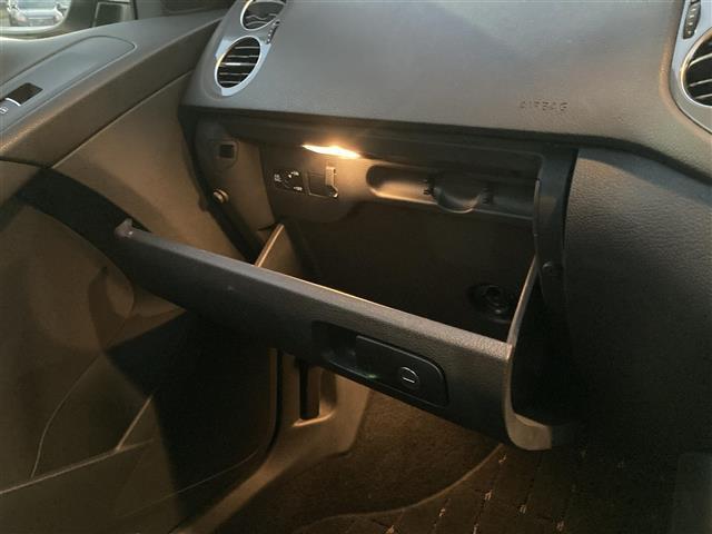 「フォルクスワーゲン」「ティグアン」「SUV・クロカン」「香川県」の中古車14