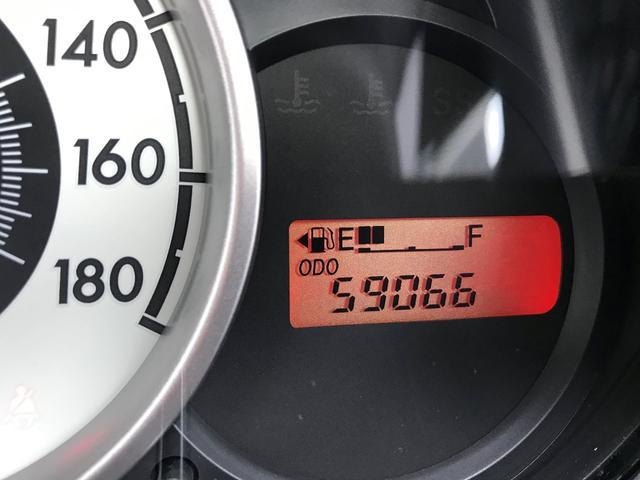 13C 5速マニュアル車 純正ナビ フルセグテレビ キーレス ディスチャージヘッドライト ETC 社外アルミ 禁煙車 整備記録簿(18枚目)