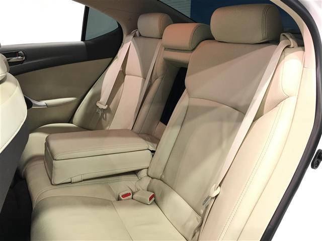 250 バージョンL 4WD 寒冷地仕様 革シート ETC(17枚目)