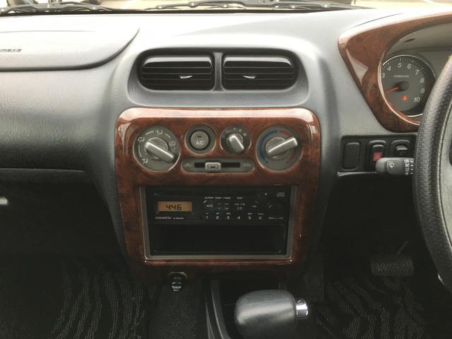 カスタムL 4WD 1オーナー CDオーディオ 背面タイヤ(15枚目)