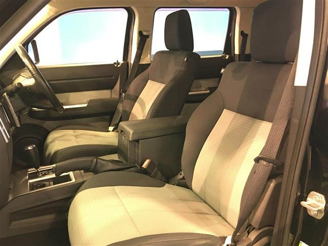 「ダッジ」「ダッジ ナイトロ」「SUV・クロカン」「北海道」の中古車13