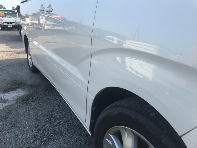 AX Lエディション フルセグTV・カロッツェリアナビ・サンルーフ・左側電動スライドドア・キーレス・三列シート・クリアランスソナー(13枚目)