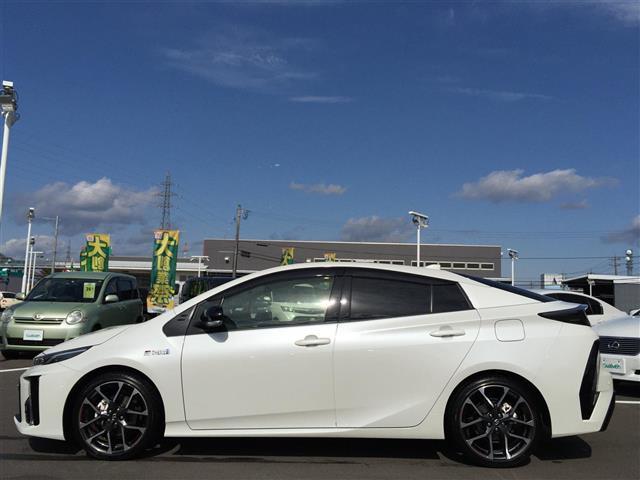 S GRスポーツ Toyota Safety Sense 純正コネクトナビ バックカメラ フルセグTV GR専用シート シートヒーター GR専用ステアリング GR専用アルミホイール LEDヘッドライト ETC ドラレコ(8枚目)