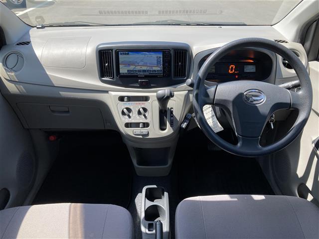 L SA 社外メモリナビ CD DVD Bluetooth フルセグTV バックカメラ 衝突軽減 ETC ドライブレコーダー 冬タイヤ積込 LEDヘッドライト フロアマット スペアキー(3枚目)