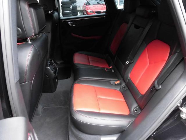 マカン PDK 4WD 赤革 HID ターボAW ナビ Bカメラ Pバックドア スマートキー シートヒーター コーナーセンサー(14枚目)