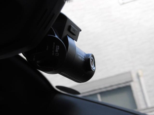 マカン PDK 4WD 赤革 HID ターボAW ナビ Bカメラ Pバックドア スマートキー シートヒーター コーナーセンサー(19枚目)