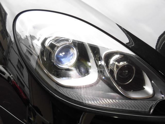 マカン PDK 4WD 赤革 HID ターボAW ナビ Bカメラ Pバックドア スマートキー シートヒーター コーナーセンサー(23枚目)