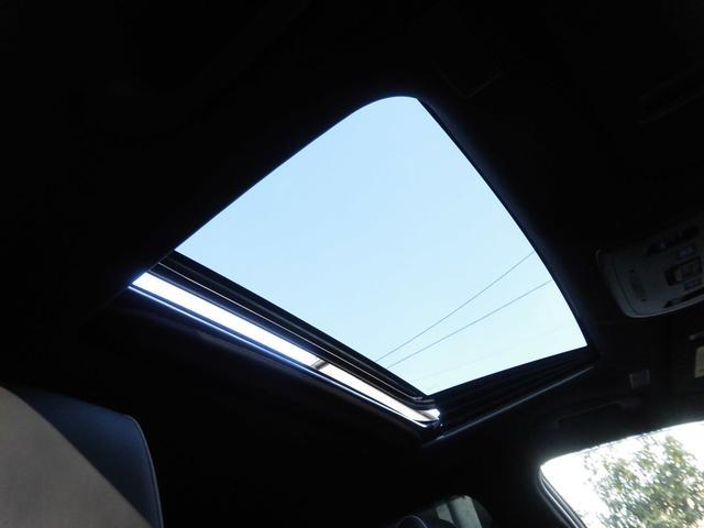 RSアドバンス 新車保証 1オーナー サンルーフ Tom'S 4本出しマフラー OP黒革 LED コーナーセンサー 純正18AW(2枚目)