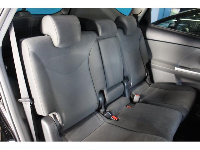 後部座席の状態もとても良好です!いつでも現車の確認できます!お気軽に当店までご連絡ください!
