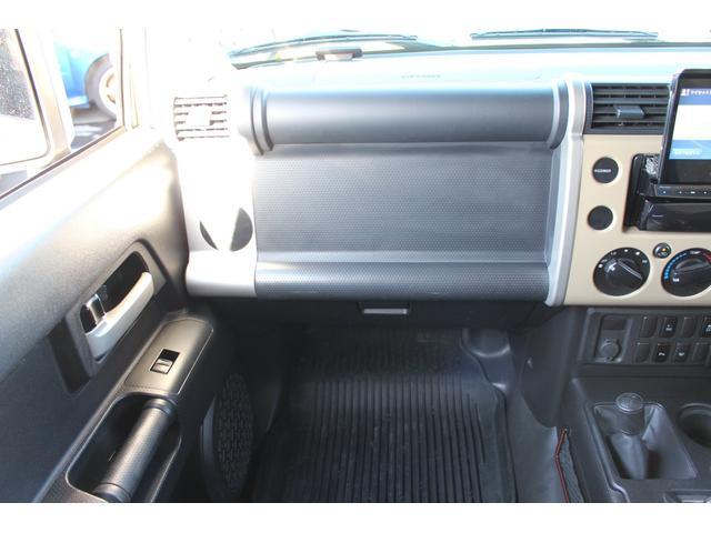 「トヨタ」「FJクルーザー」「SUV・クロカン」「千葉県」の中古車34