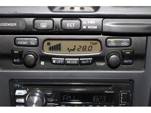 オートエアコン搭載車です。室内の空調管理も温度を設定するだけなのでとても便利な装備です。TEL:043-308-7280