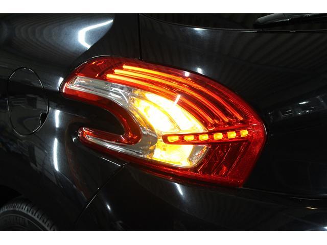 「プジョー」「208」「コンパクトカー」「千葉県」の中古車68