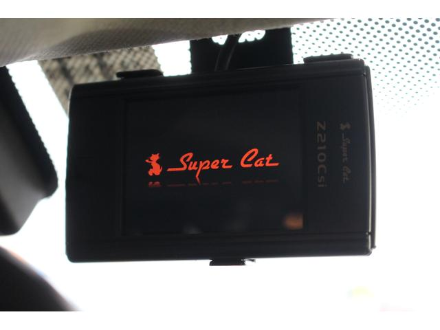 クーパーSD クロスオーバー パイオニアポータブルナビ 純正オーディオ HIDライト 禁煙車 ETC ミュージックプレイヤー接続 ターボ車 パドルシフト 社外レーダー 純正17インチアルミ サイドエアバック カーテンエアバック(10枚目)