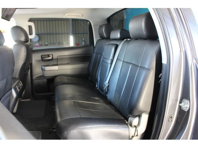 クルーマックス SR5 ALPINEナビ/ALPINE後席モニター/サンルーフ/ラインエックス塗装/トノカバー/アシャンティ20インチアルミ/ベッドライナー/ビルシュタインサス/リフトアップ/オーバーフェンダー/4WD/(7枚目)