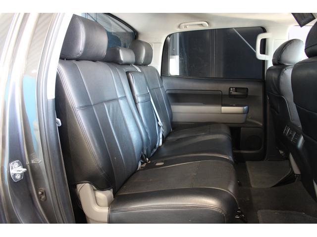 クルーマックス SR5 ALPINEナビ/ALPINE後席モニター/サンルーフ/ラインエックス塗装/トノカバー/アシャンティ20インチアルミ/ベッドライナー/ビルシュタインサス/リフトアップ/オーバーフェンダー/4WD/(57枚目)