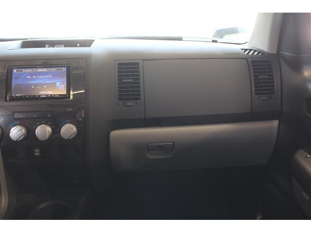 クルーマックス SR5 ALPINEナビ/ALPINE後席モニター/サンルーフ/ラインエックス塗装/トノカバー/アシャンティ20インチアルミ/ベッドライナー/ビルシュタインサス/リフトアップ/オーバーフェンダー/4WD/(64枚目)