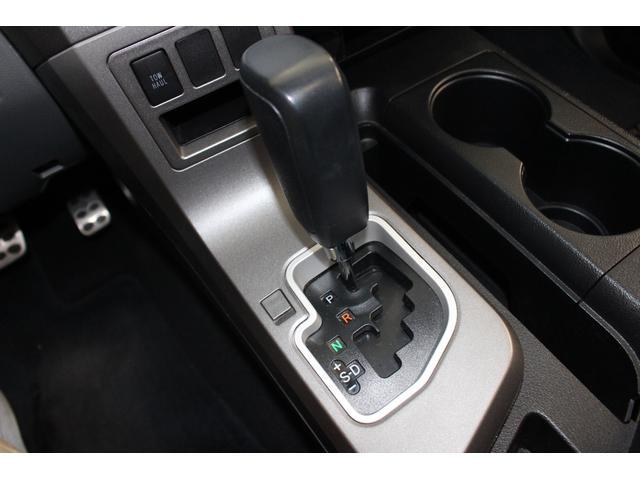 クルーマックス SR5 ALPINEナビ/ALPINE後席モニター/サンルーフ/ラインエックス塗装/トノカバー/アシャンティ20インチアルミ/ベッドライナー/ビルシュタインサス/リフトアップ/オーバーフェンダー/4WD/(71枚目)