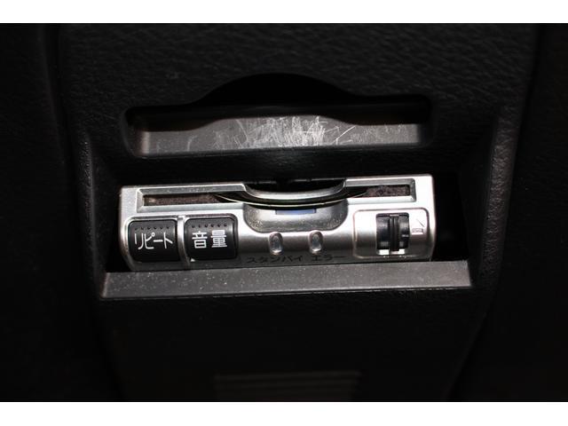 2.0GTスペックB ストラーダHDDナビ/フルセグ/オートクルーズコントロール/デフィブースト計/ビルシュタインサスペンション/STIタワーバー/アルミスカットプレート/HIDヘッドライト/バックカメラ/ETC/6連CD(12枚目)