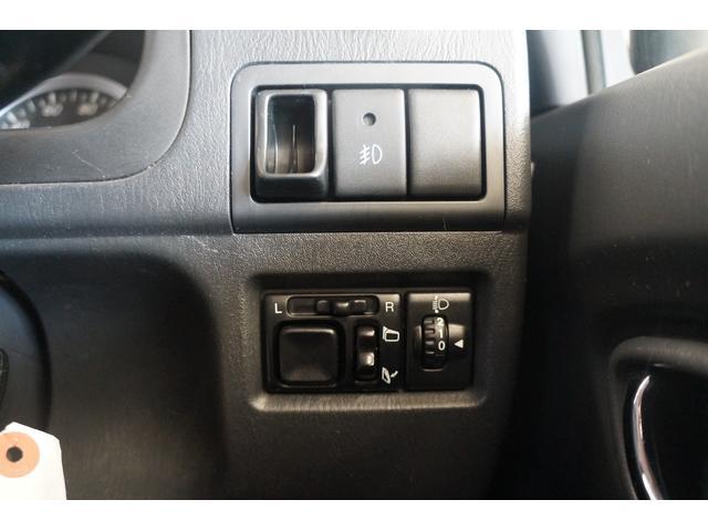 クロスアドベンチャー 4WD MT5速 メモリーナビT V  シートヒーター  禁煙  ETC キーレス AW16(45枚目)