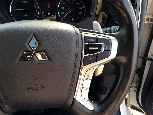 Gプレミアムパッケージ 電気温水式ヒーター メーカーナビ ロックフォード フルセグTV Bluetooth マルチアラウンドモニター フリップダウンモニター 黒革シート サンルーフ RAYSホムラ20インチAW(24枚目)