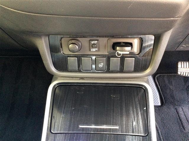 Gプレミアムパッケージ 電気温水式ヒーター メーカーナビ ロックフォード フルセグTV Bluetooth マルチアラウンドモニター フリップダウンモニター 黒革シート サンルーフ RAYSホムラ20インチAW(36枚目)