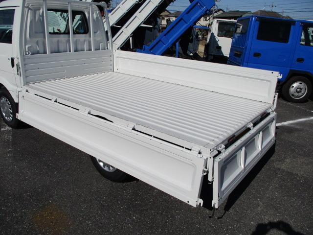 1.0トン積載DXワイドロー4WD(9枚目)
