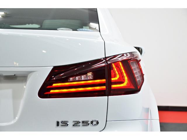250本革シート・Fスピンドルフェイス仕様・3連LEDヘッド(20枚目)