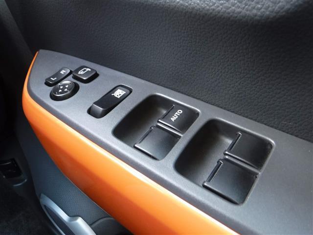 X ターボ 4WD ワンオーナー 社外ナビ シートヒーター(10枚目)