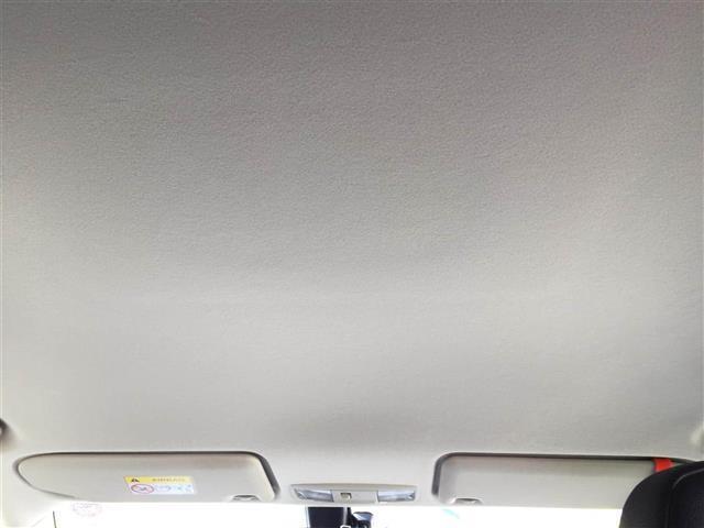 「三菱」「アウトランダーPHEV」「SUV・クロカン」「奈良県」の中古車17