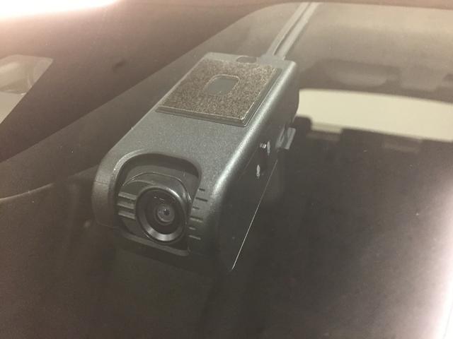 X S 衝突軽減 レーンキープアシスト フルセグTV バックカメラ ETC パーキングアシスト LEDヘッドライト オートライト ウィンカーミラー 純正フロアマット 純正ドアバイザー(4枚目)