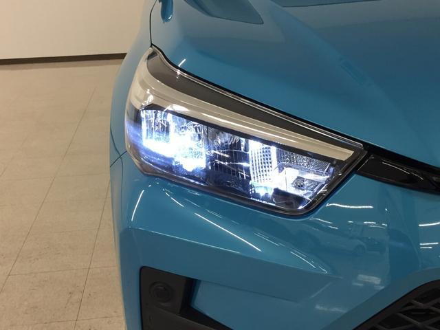 X S 衝突軽減 レーンキープアシスト フルセグTV バックカメラ ETC パーキングアシスト LEDヘッドライト オートライト ウィンカーミラー 純正フロアマット 純正ドアバイザー(17枚目)