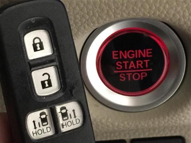 G・Lターボホンダセンシング 衝突軽減ブレーキ 社外ナビ フルセグTV バックカメラ ETC 両側パワースライドドア レーンキープアシスト クルーズコントロール オートライト プッシュスタート スマートキー(4枚目)