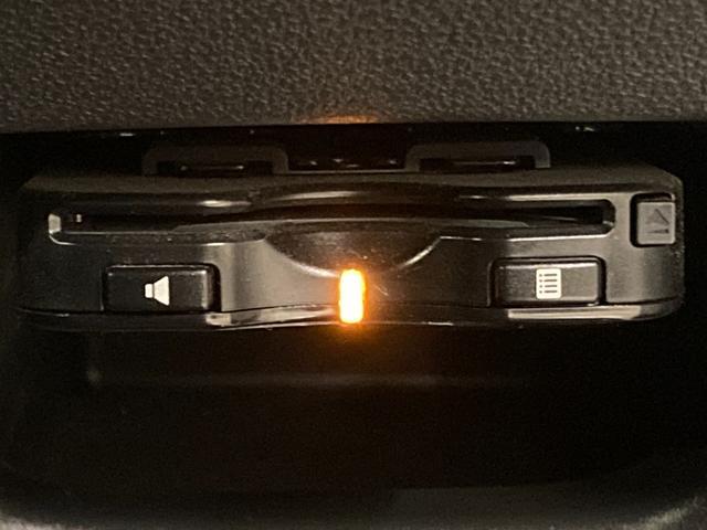 カスタム X SAII 1オーナー 衝突軽減B 社外ナビ フルセグTV バックカメラ ステアリモコン 運転席シートヒーター ドライブレコーダー アイドリングストップ 横滑り防止装置 ドアバイザー フロアマット(6枚目)
